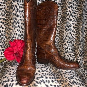 Joan & David gorgeous leather croc embossed boots